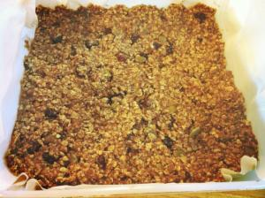 Easy to make healthy granola bars!